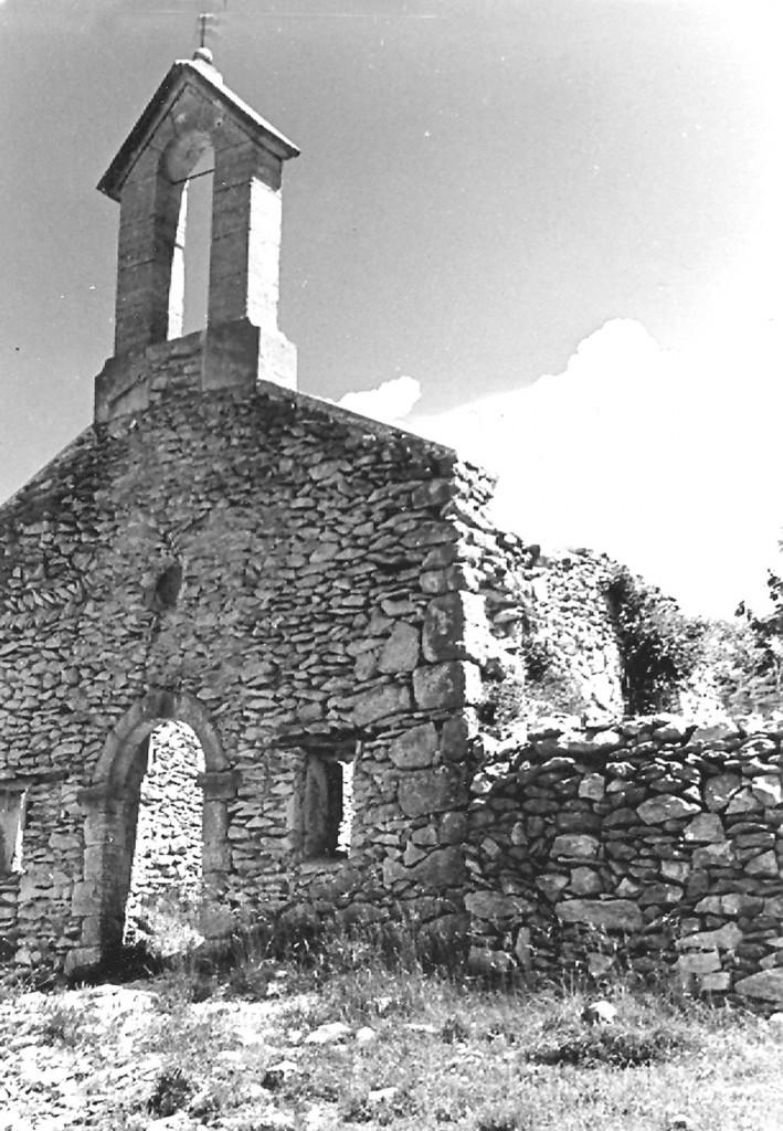 Chapelle du Ventouret à Aurel avant restauration